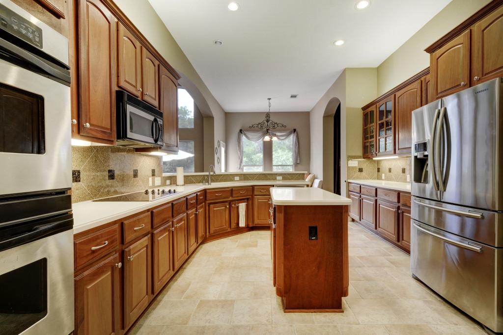 011-237794-Kitchen 001_5333390.jpg