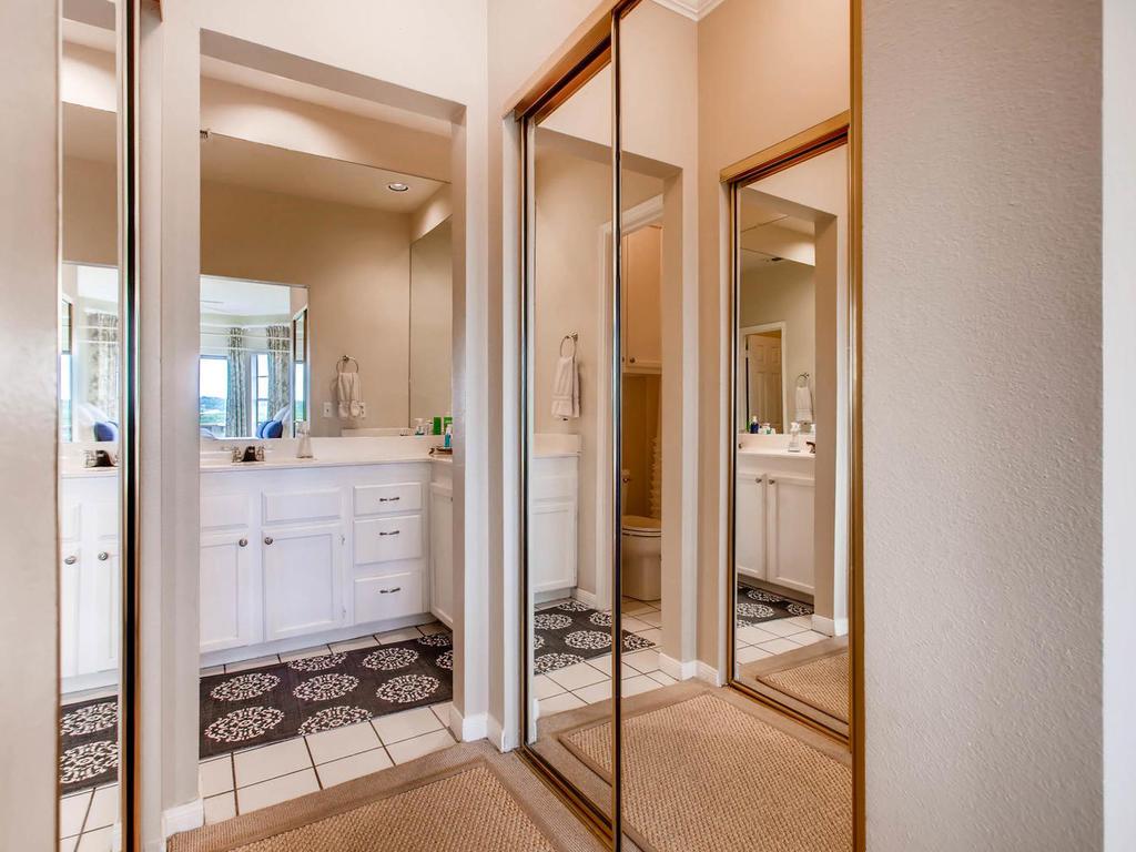 1741 Spyglass Dr 2302 Austin-MLS_Size-018-15-Master Bathroom-1024x768-72dpi.jpg