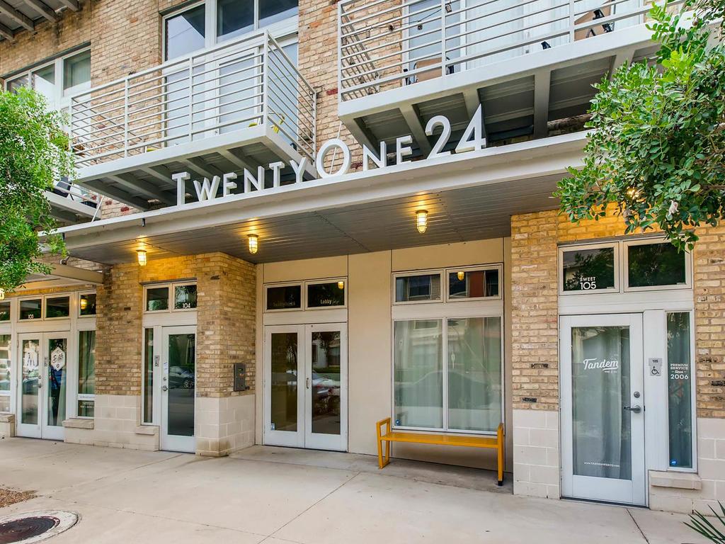 2124 E 6th 319 Austin TX 78702-MLS_Size-005-2-Exterior Front Entry-1024x768-72dpi.jpg