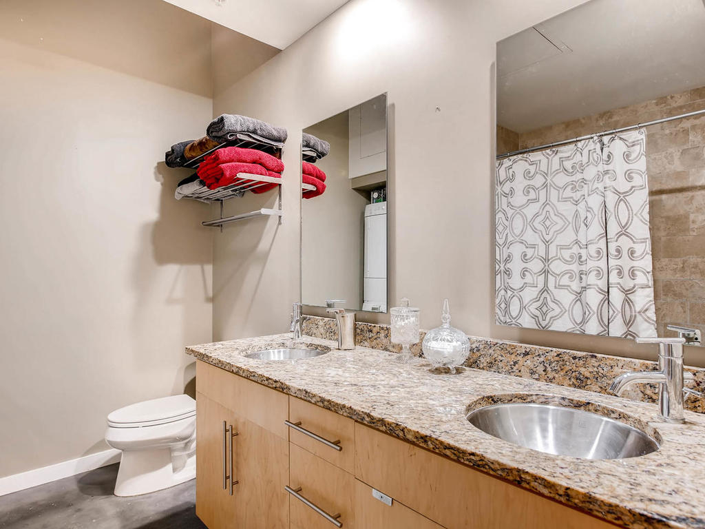 2124 E 6th 319 Austin TX 78702-MLS_Size-021-21-Master Bathroom-1024x768-72dpi.jpg