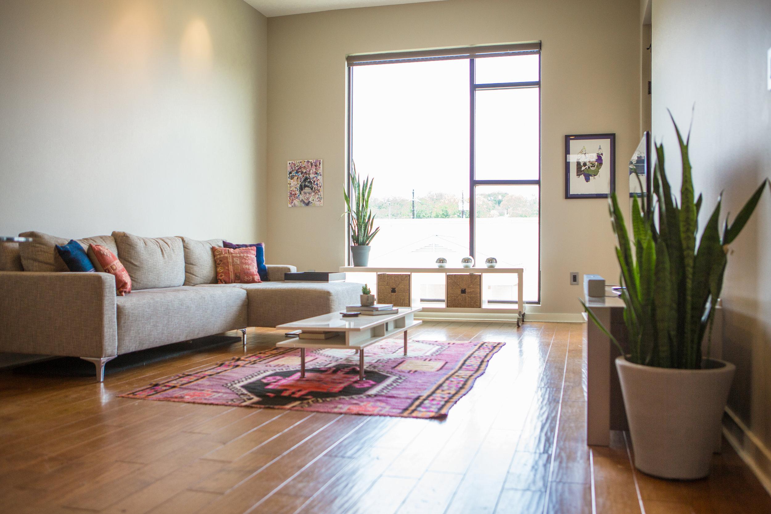 2525SLamar-WEB_32 - living room.jpg