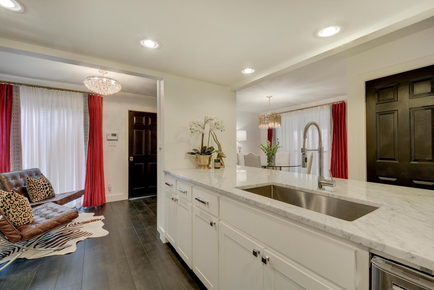 kitchen-to-nook.jpg