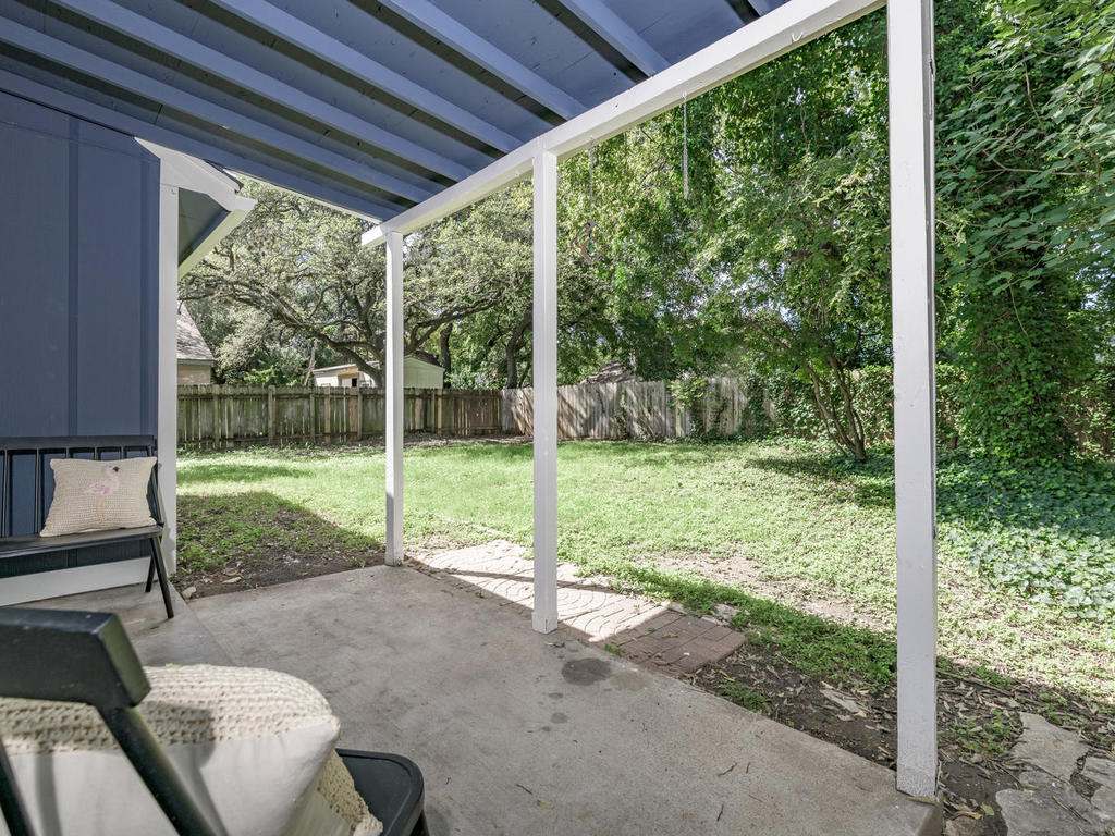 7912 Finch Trail Austin TX-042-42-Finch-MLS_Size.jpg