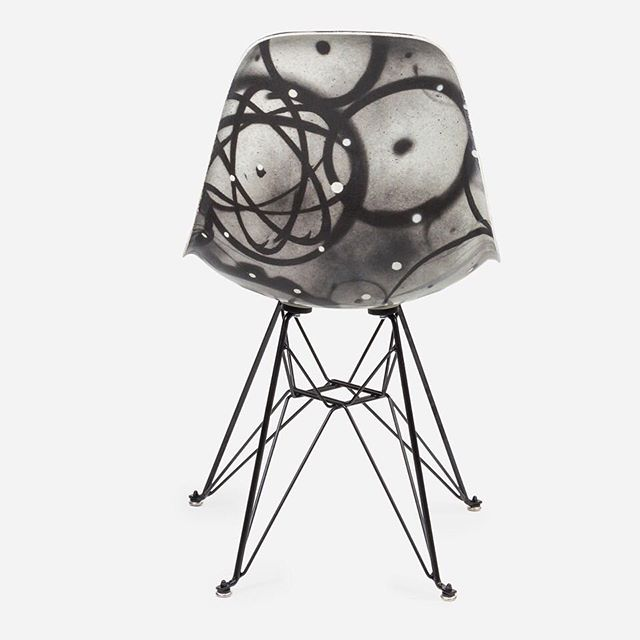 The Futura Case Study® Side Shell Eiffel Chair is now available online at the @beyondthestreetsart website! #icnclstprojects #icnclst @modernica @futuradosmil