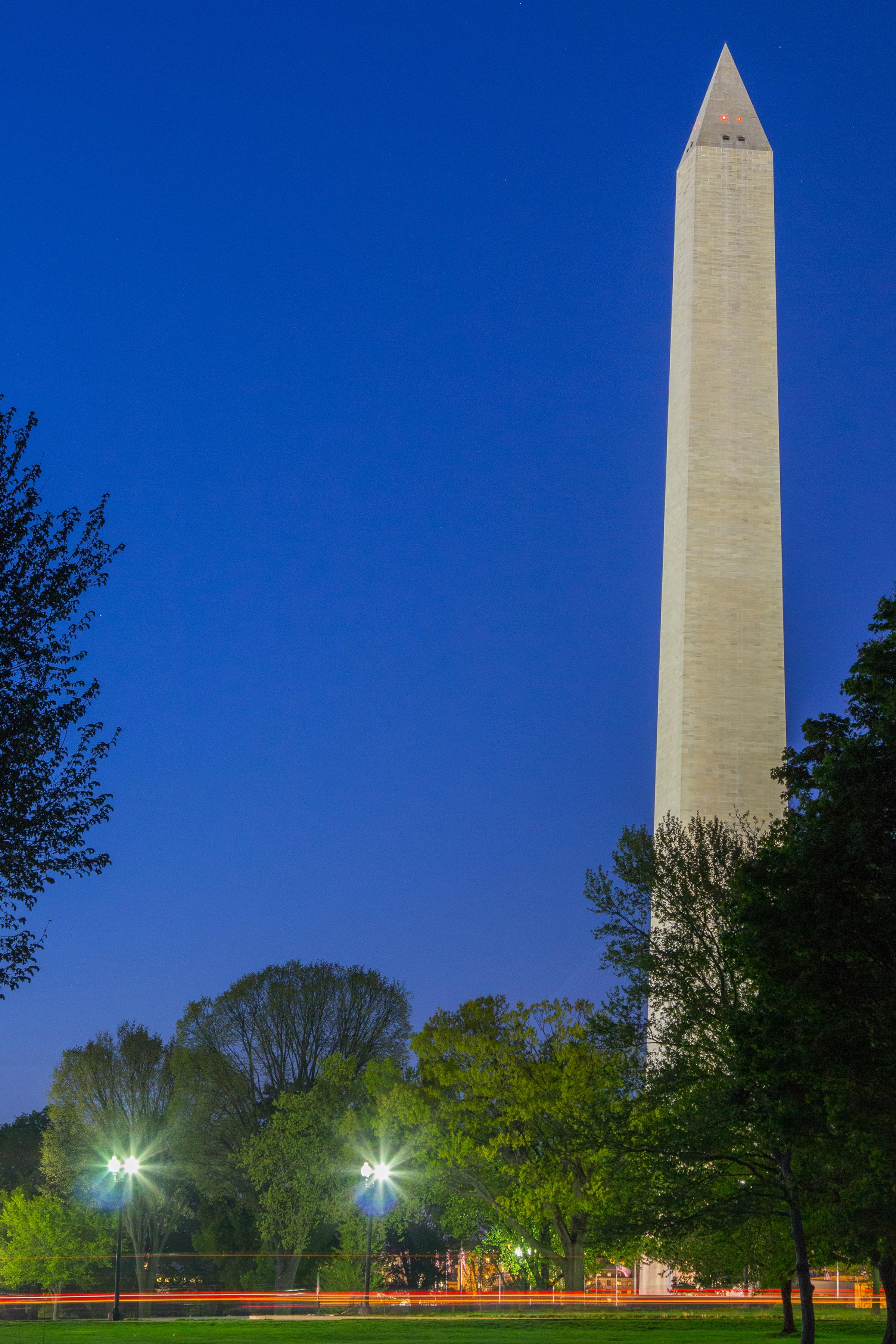 Washinton Monument Dusk.jpg