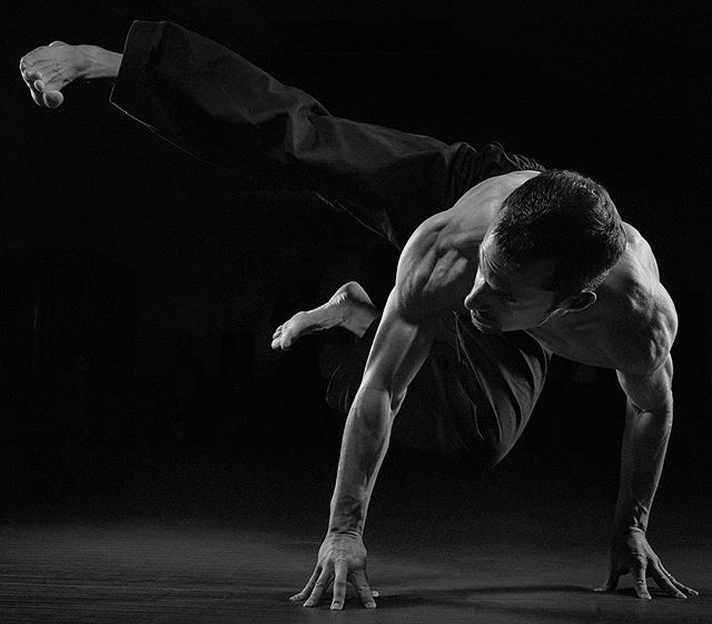 Another from the our shoot with @martialarts.fit Check out the full fitness program at www.martialarts.fit