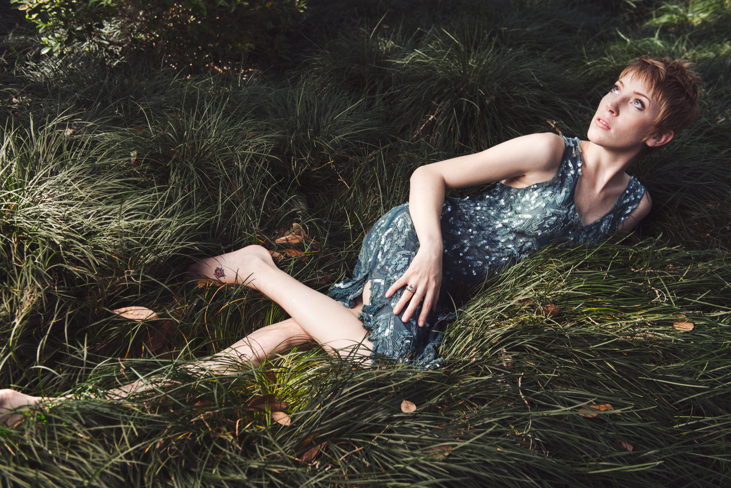 commercial-fashion-woman-lifestyle-photograph-green.jpg