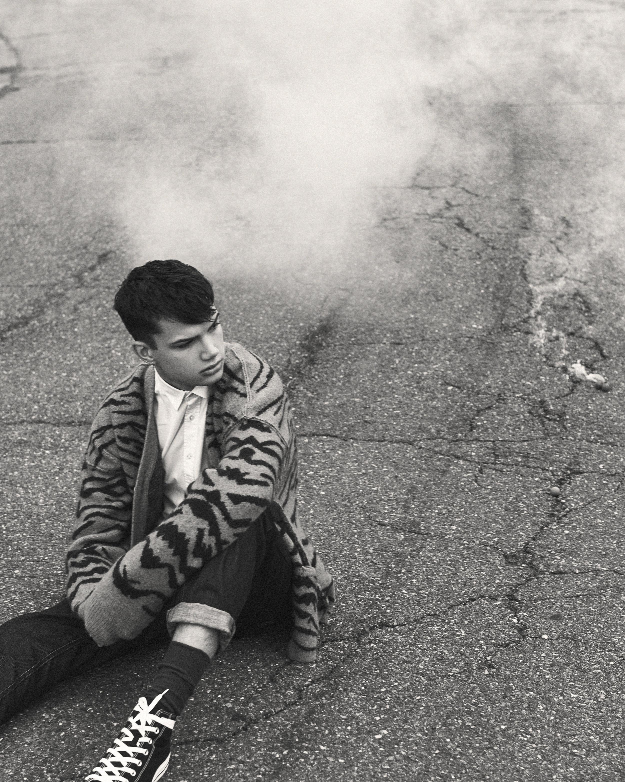 Hunter-Arthur-Ian-Jeffrey-smoke.jpg