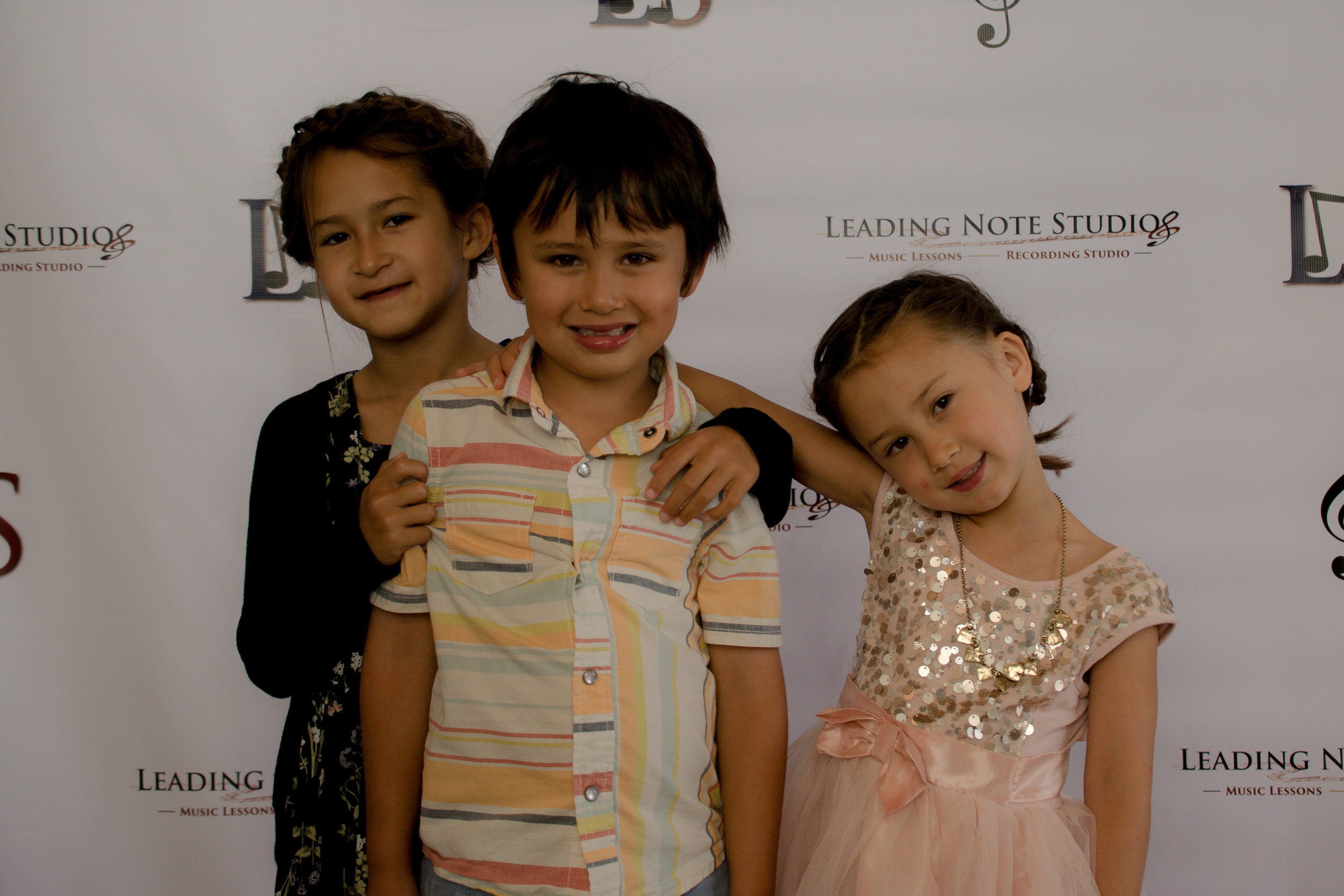 Olivia, Gabriel & Samantha Go