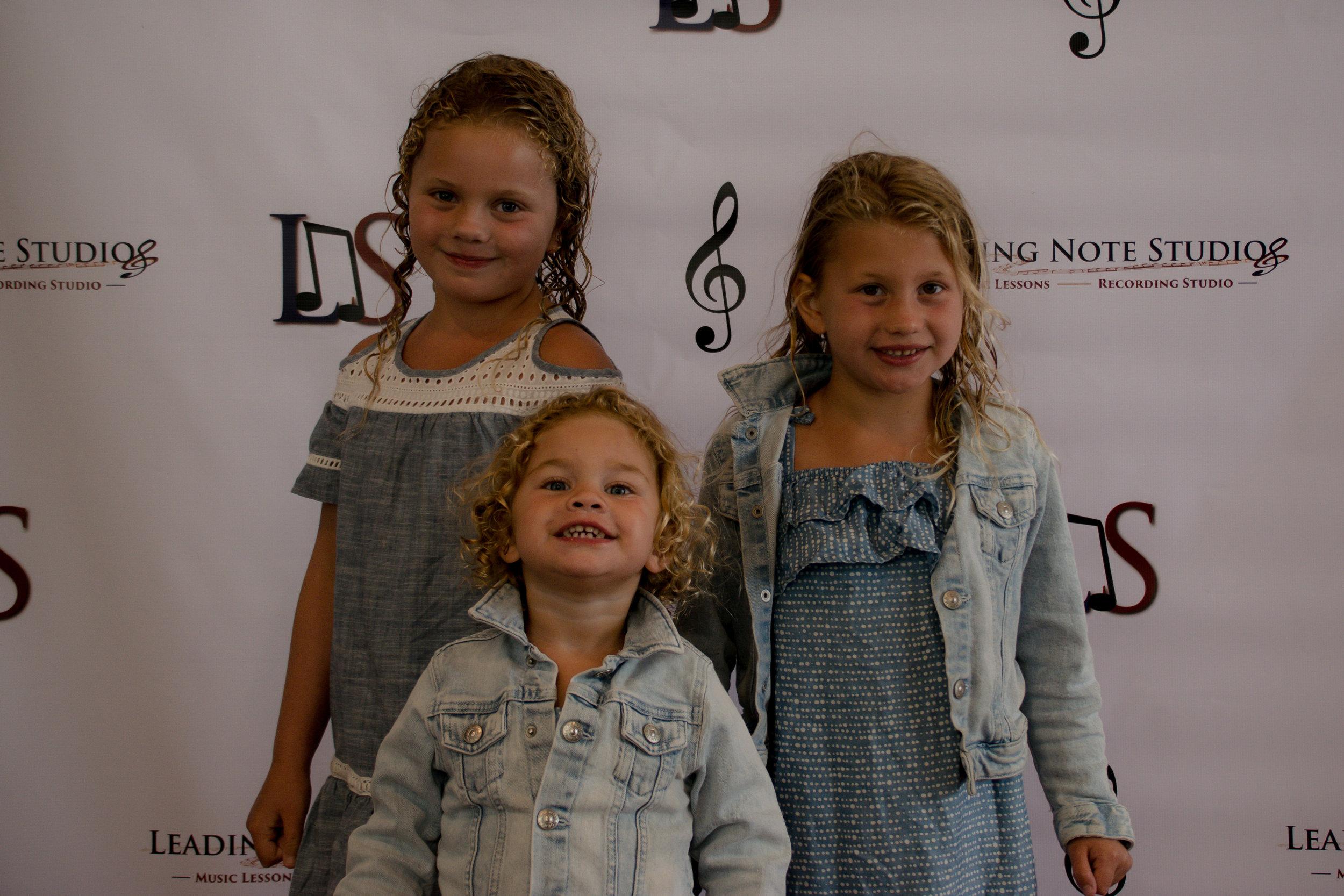Gracie, Harper & Daphne Dalton