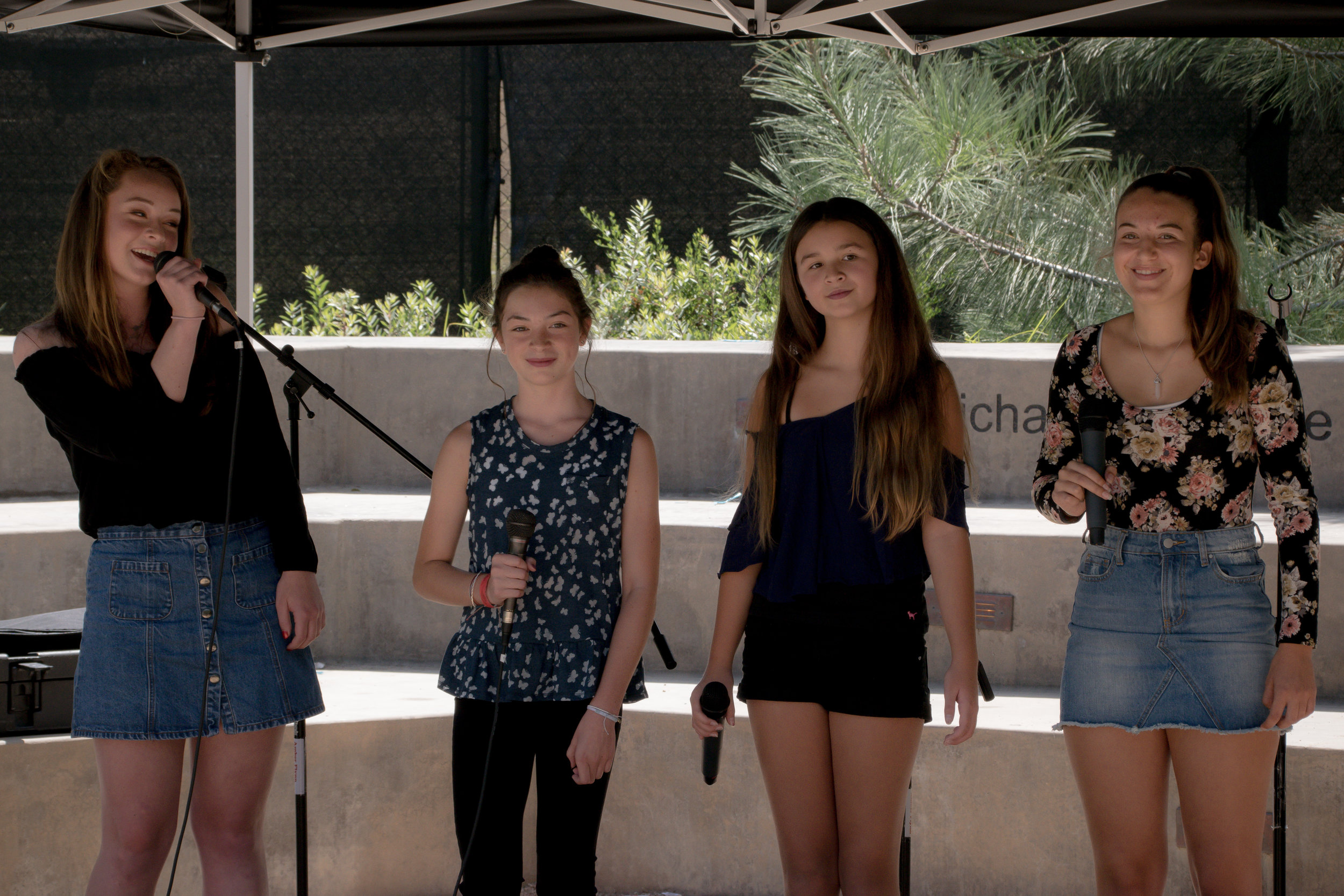 4th Voice Vocal Group performs at LUX Art Institute
