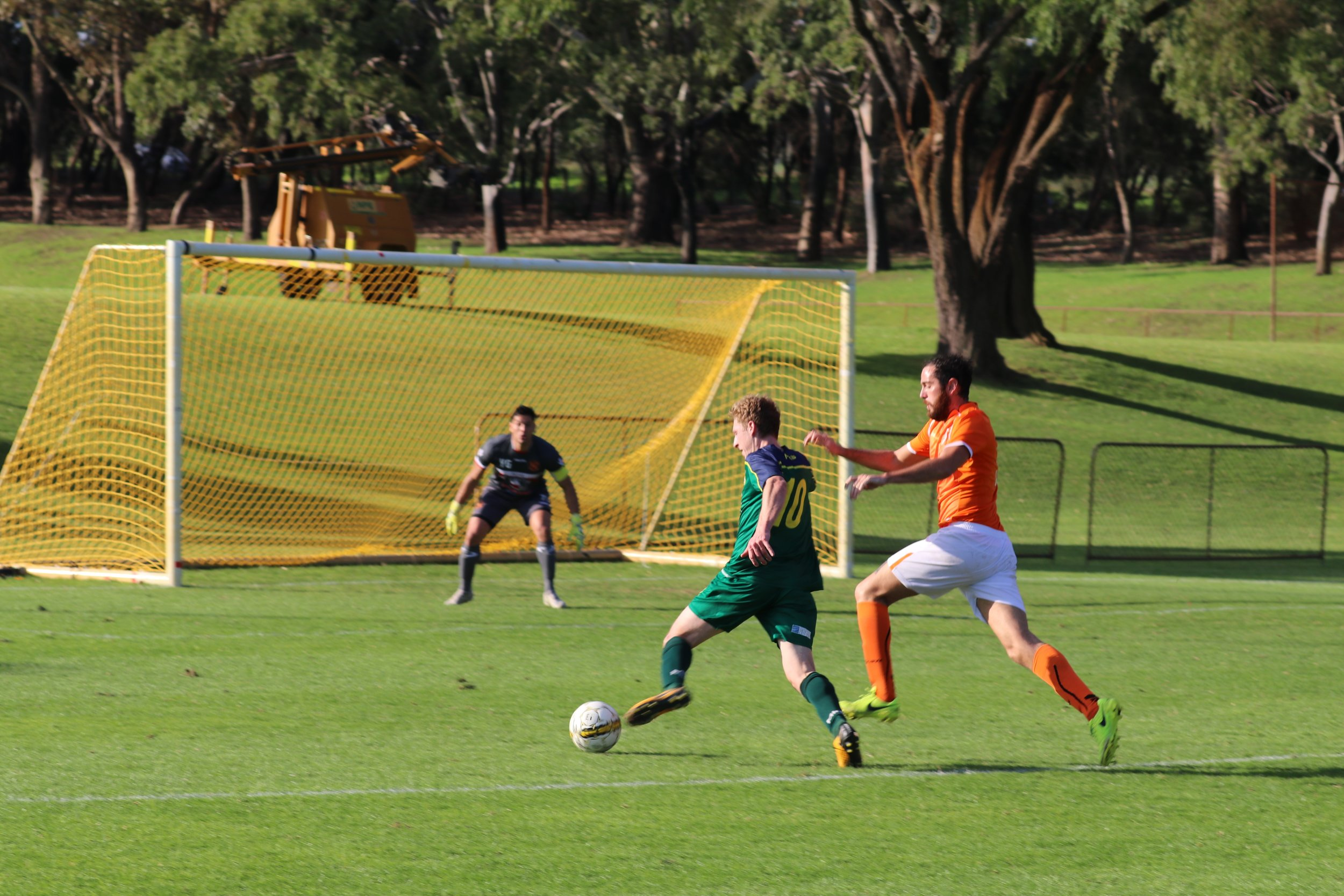 KRETOWICZ ONCE AGAIN HIT THE SCORESHEET WITH A LATE EQUALISER - CREDIT: GABRIELE MALUGA