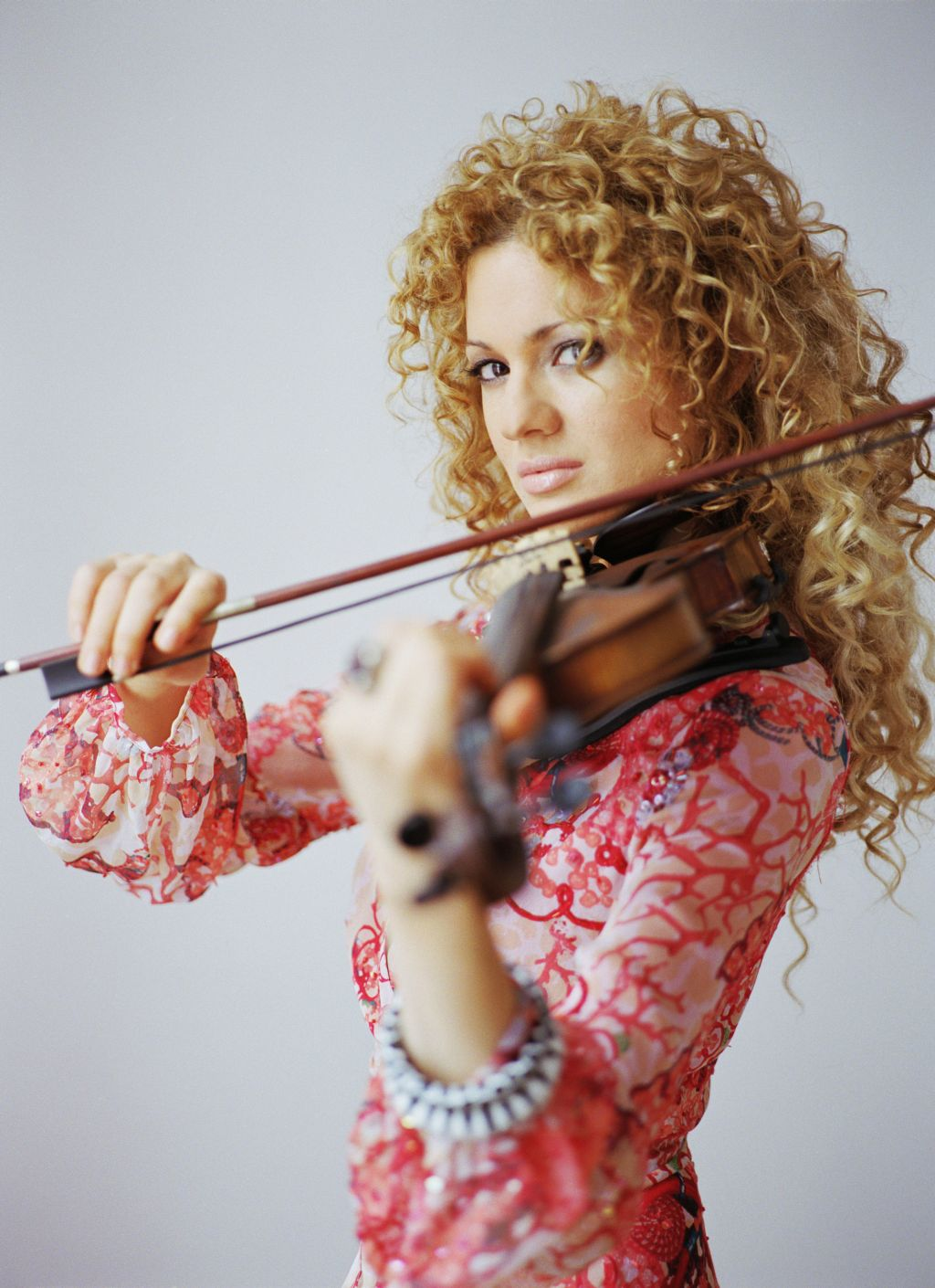 Miri_Ben-Ari_with_Violin_47b.jpeg