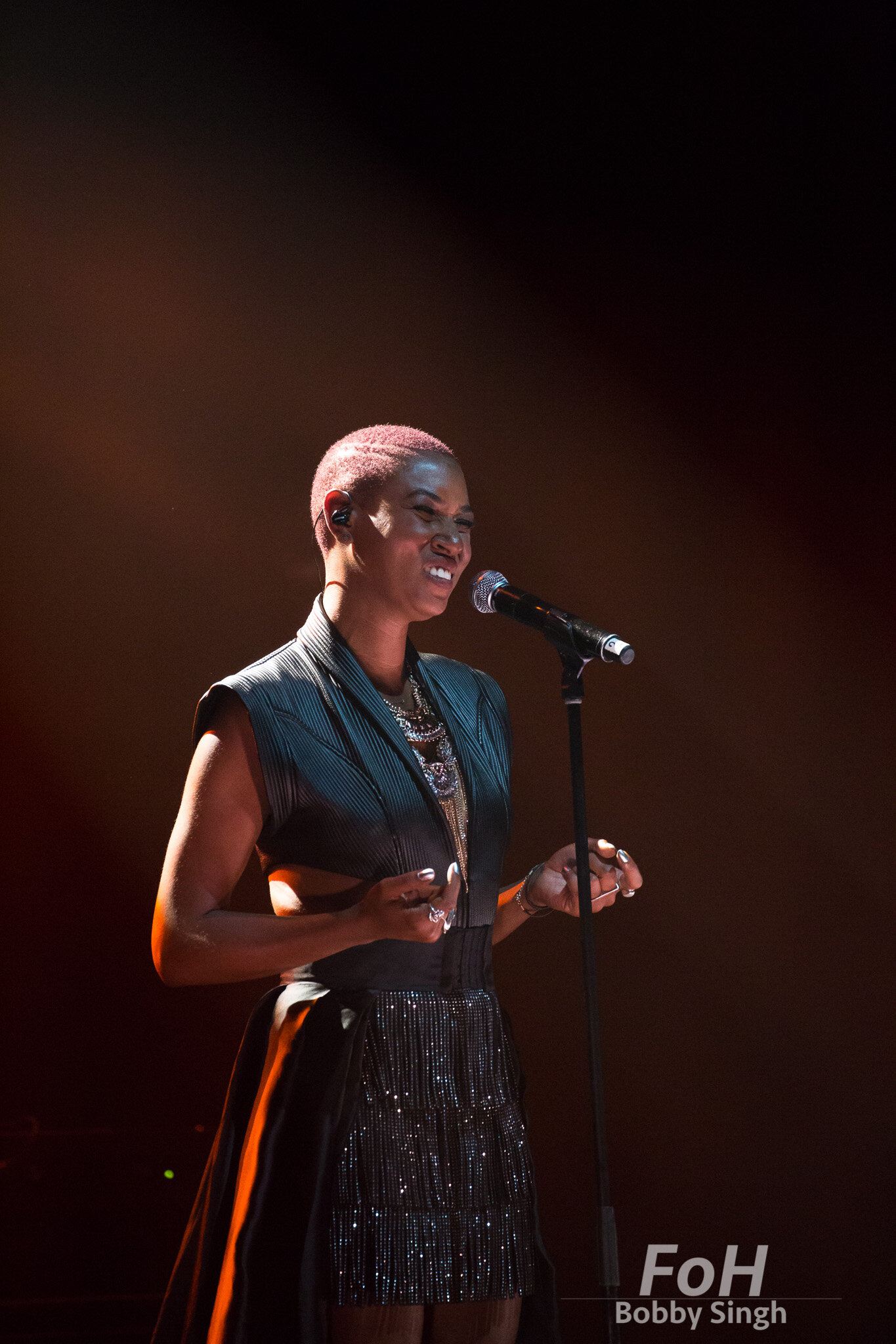 Dominique Fils- Aimé performs at the 2019 Polaris Music Prize Gala