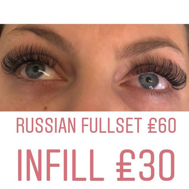Book now for your Christmas appointments, use our online booking system listed in our bio💋  Girls please remember all eyelash treatments require a patch test 48hrs before💋  #lashes #russianlashes #beauty #salon #lashextensions #bblogger #beautybloggers #brighton #eyelashextensions