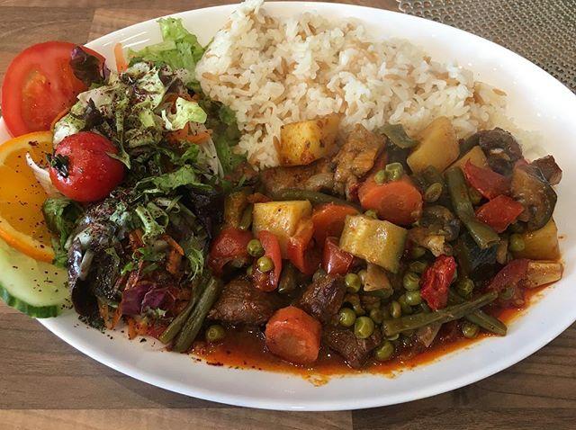 Lecker 😋 zu Besuch bei guten Freunden in @kayasturkisch in Essen/Rüttenscheid. Beste türkische Küche 🇹🇷 wie immer mit Leidenschaft zubereitet 👍 #türkiye #türkei #türkischeküche