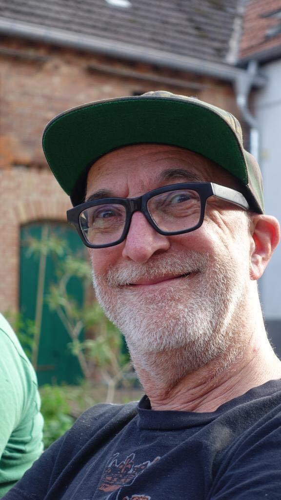 Friseur Schweizer Berlin 💇♀️💇♂️Neu auf Facebook unter  https://www.facebook.com/FriseurSchweizerBerlin/?epa=SEARCH_BOX  und auf Instagram auf  https://www.instagram.com/friseurschweizerberlin/  Peter Schweizer gehört seit vielen Jahren zu den kreativen Köpfen in der deutschen Friseurszene. und auf  https://www.instagram.com/kukuck_marketingberater/