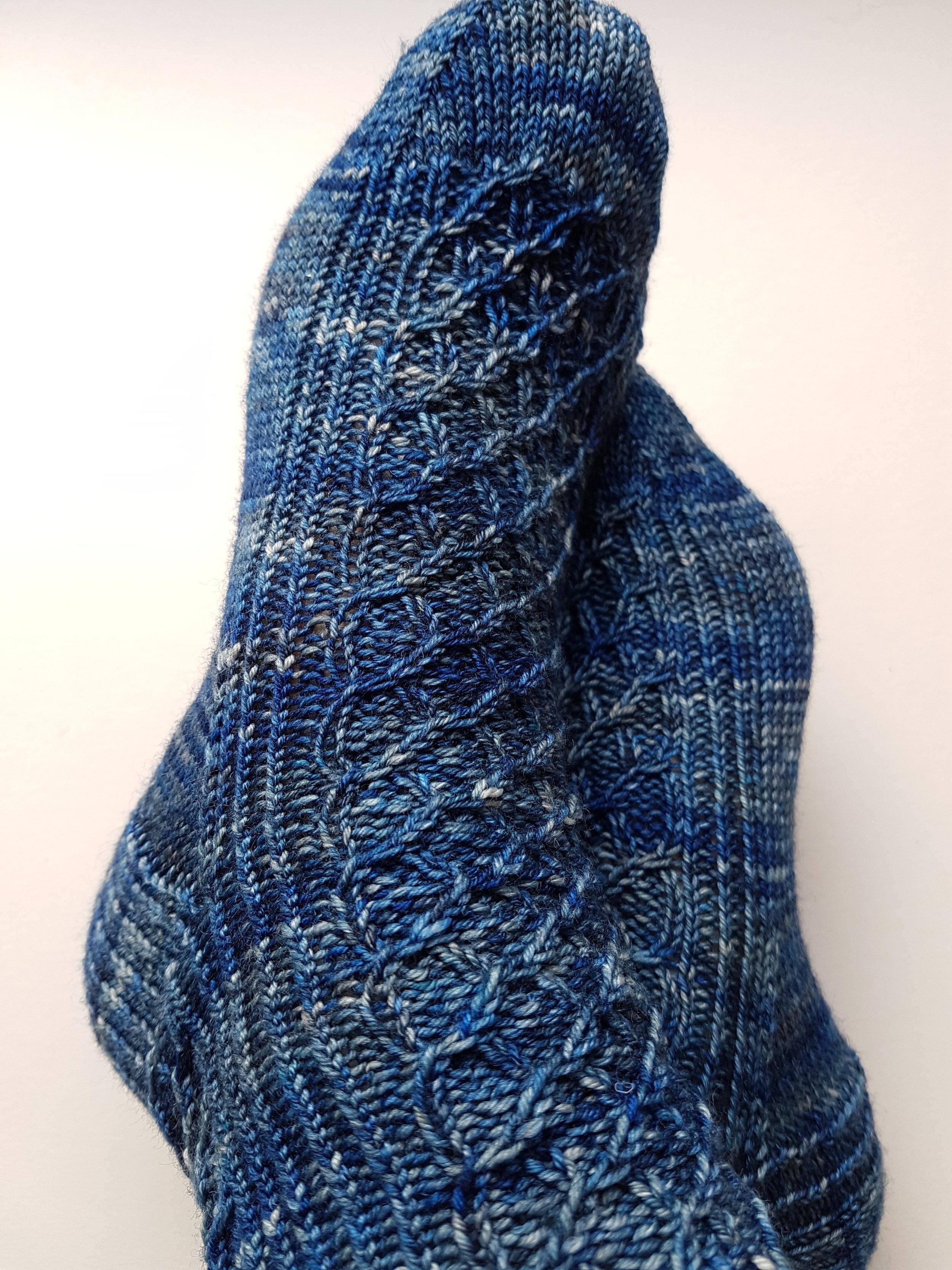 Catbells: a unisex cuff-down sock