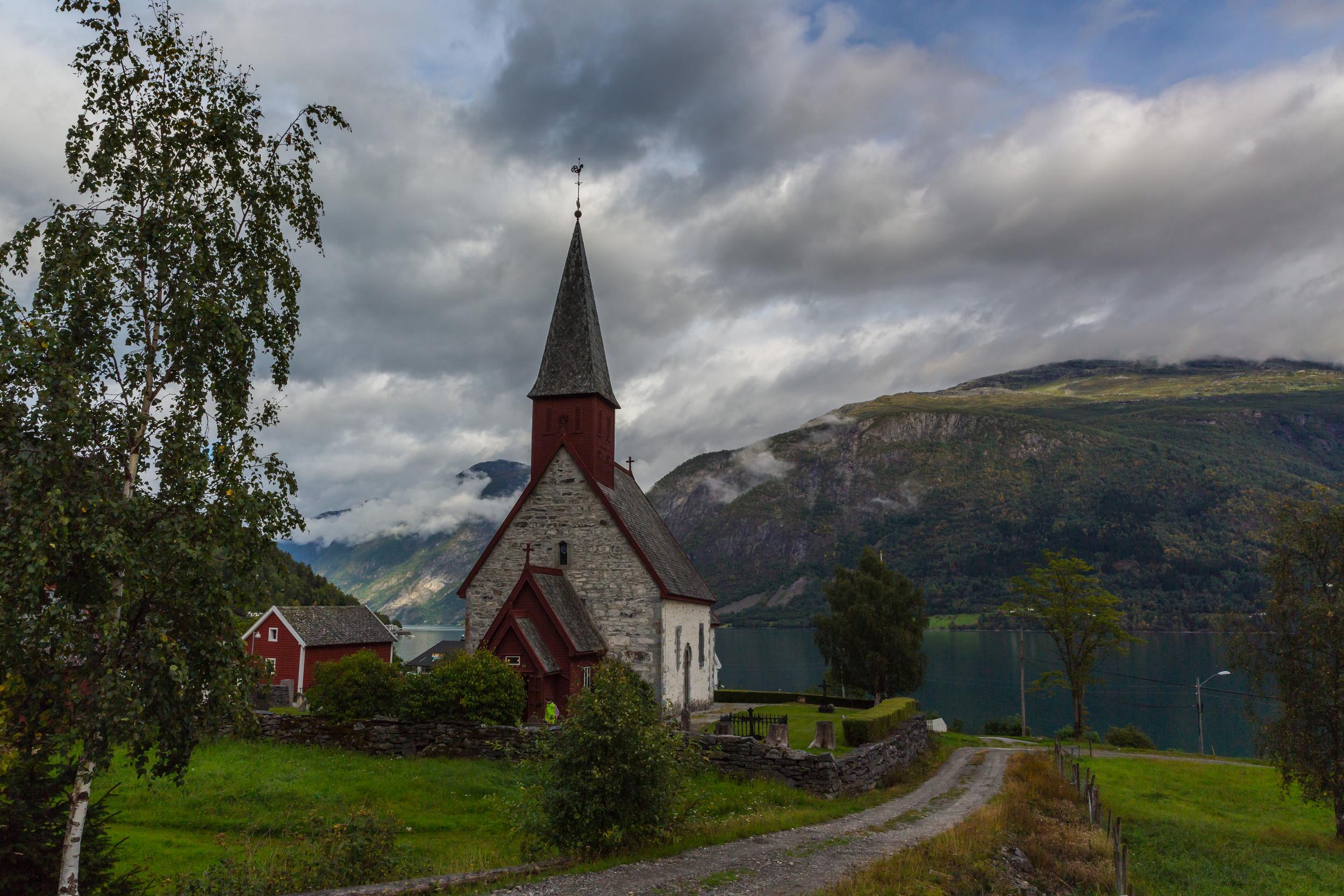 Dale kirke 8.jpg
