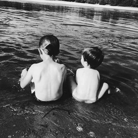 Ce genre d'été où l'on tremperait bien ses fesses dans l'eau toute la journée 🍑🔥 #ohgeorge #onfire #ilfaittropchaudpourtravailler