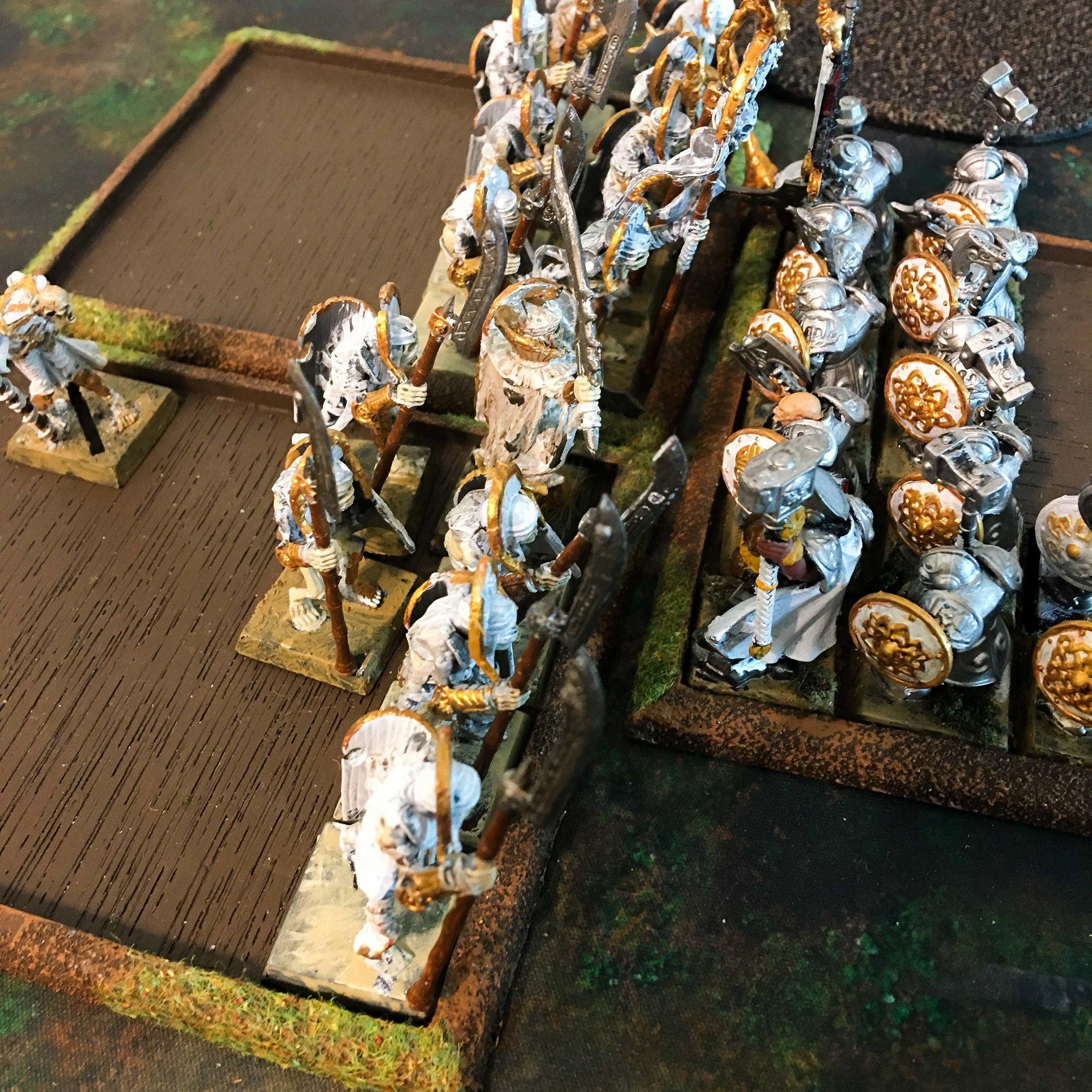 dwarf-tomb-kings-big-combat