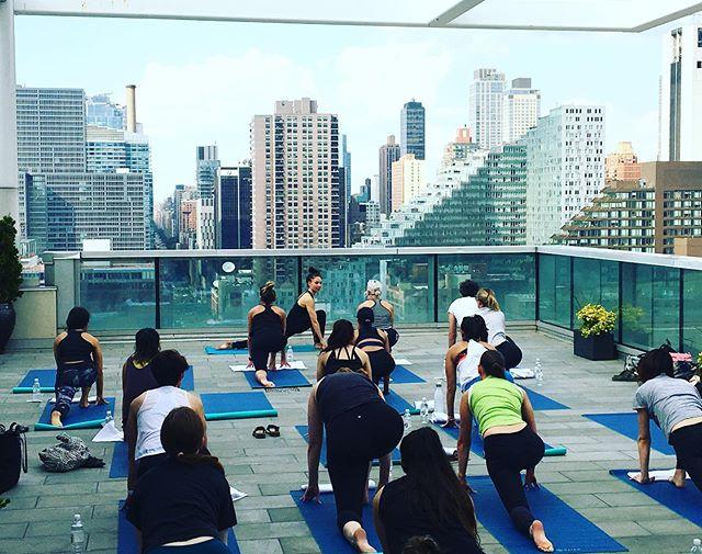 Rooftop yoga season is one of my favorite seasons! #corporateyoga #corporatewellness #residentialyoga #residentialwellness #janicekellywellness