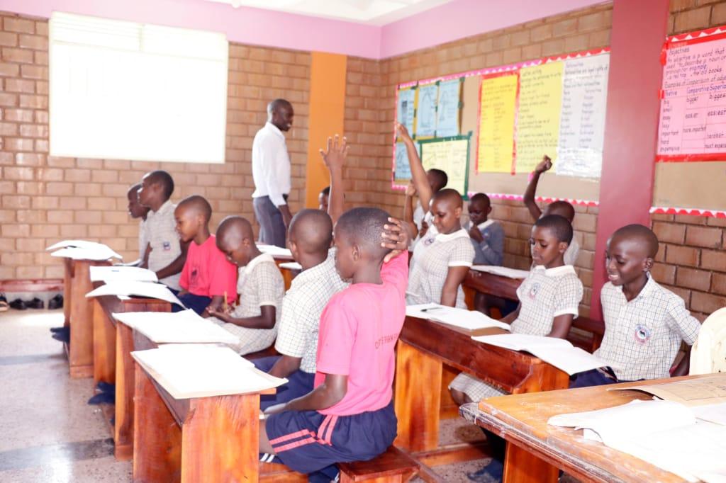 May30_VPS_Students2.jpg