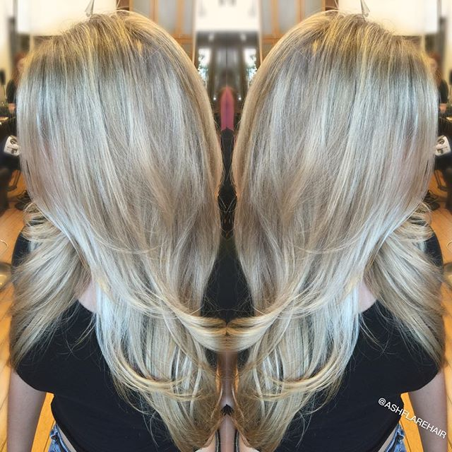 Blonded up this babe💫 #highlights #blonde #olaplex #estilosalon #ashflarehair #losangeles