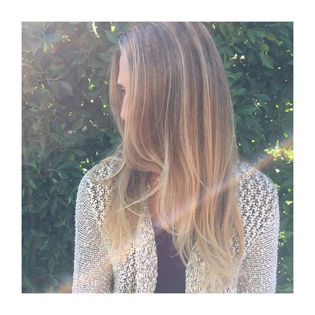 🌟Rise and shine✨ #highlights #balayage #babylights #estilosalon #ashflarehair