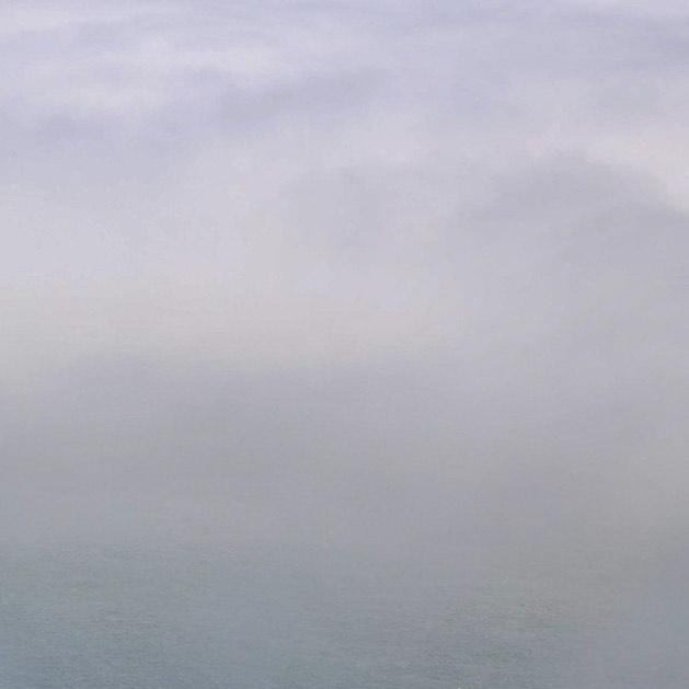 Low fog event (1/6) . . . . . . #sanfrancisco #lowfogevent #sf #photography #beautiful #nature #landscape #fog #coolphoto #allshots #findyourpeak #peakdesign #canon #5dmkiv #5d #canonphotography #goldengatebridge #bridge