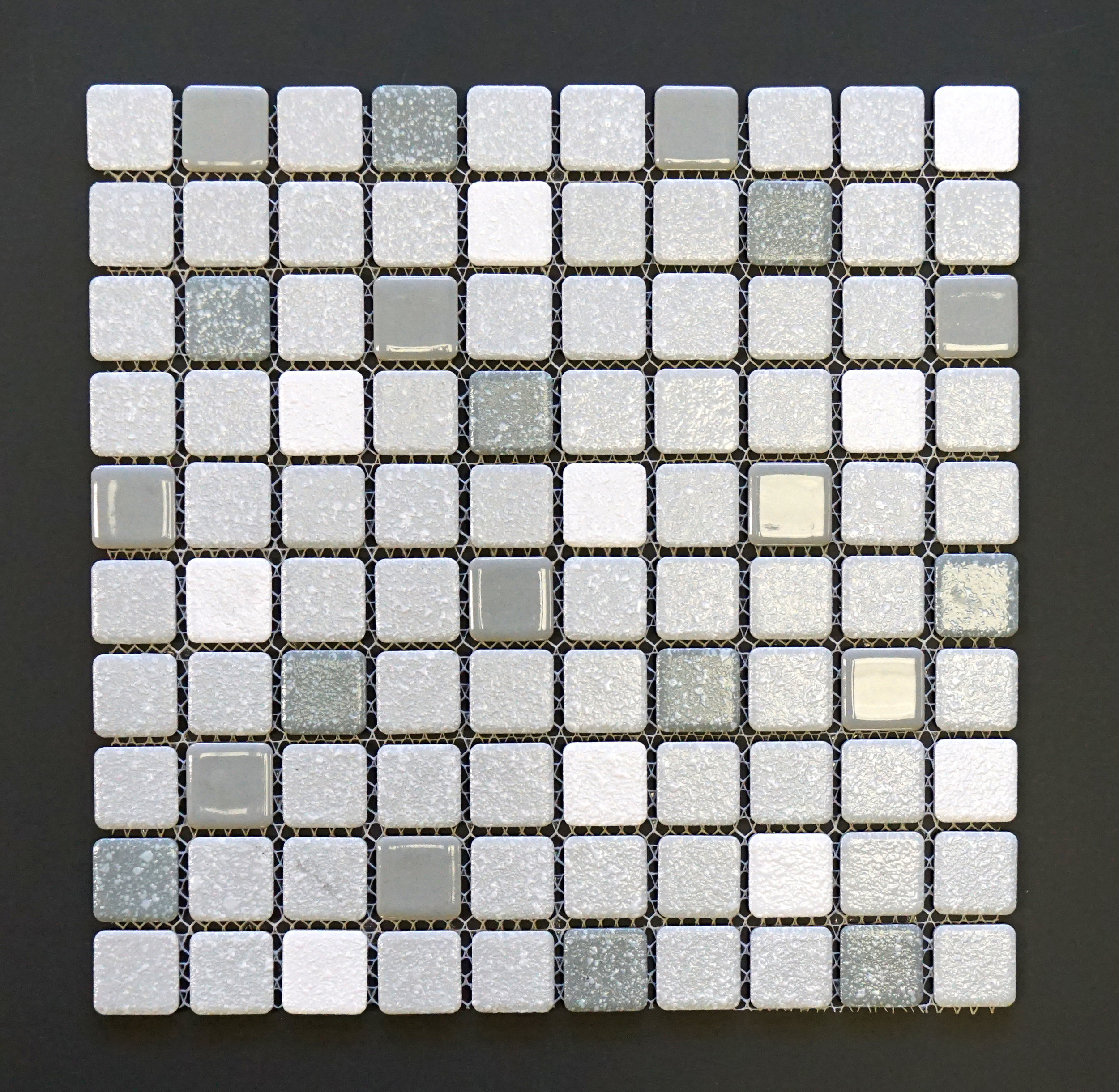 SRR 908 - Grey   10 PC/CTN (10 SF);  108 CTN/PLT