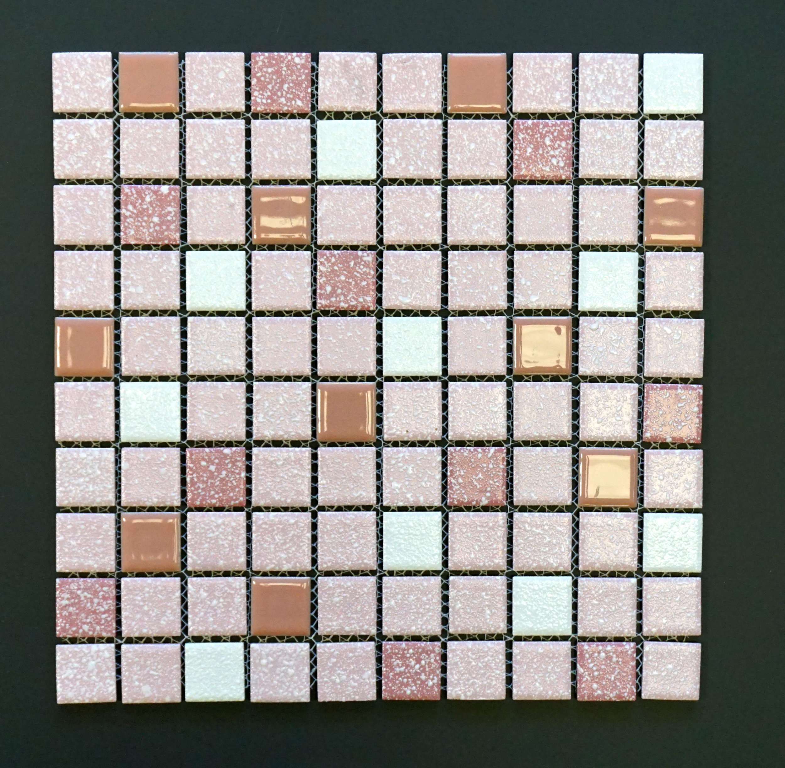KKM 918 - Pink   1.00 sf/pc   30 sf/ctn   36 ctn/plt