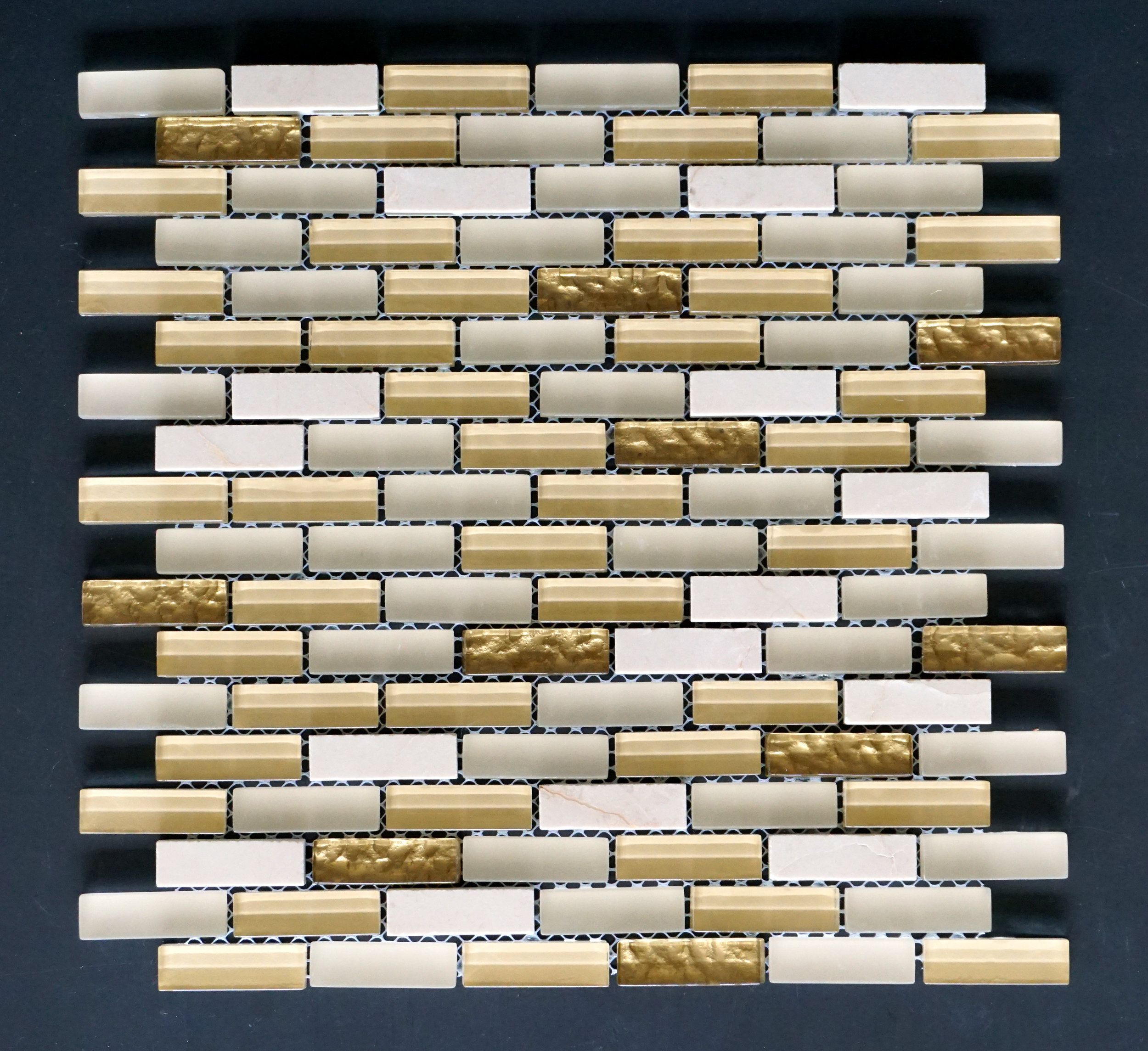 "MANHATTAN GOLD BRICK 5/8""X2""   11 PC/CTN (10.76 SF);   72 CTN/PLT"