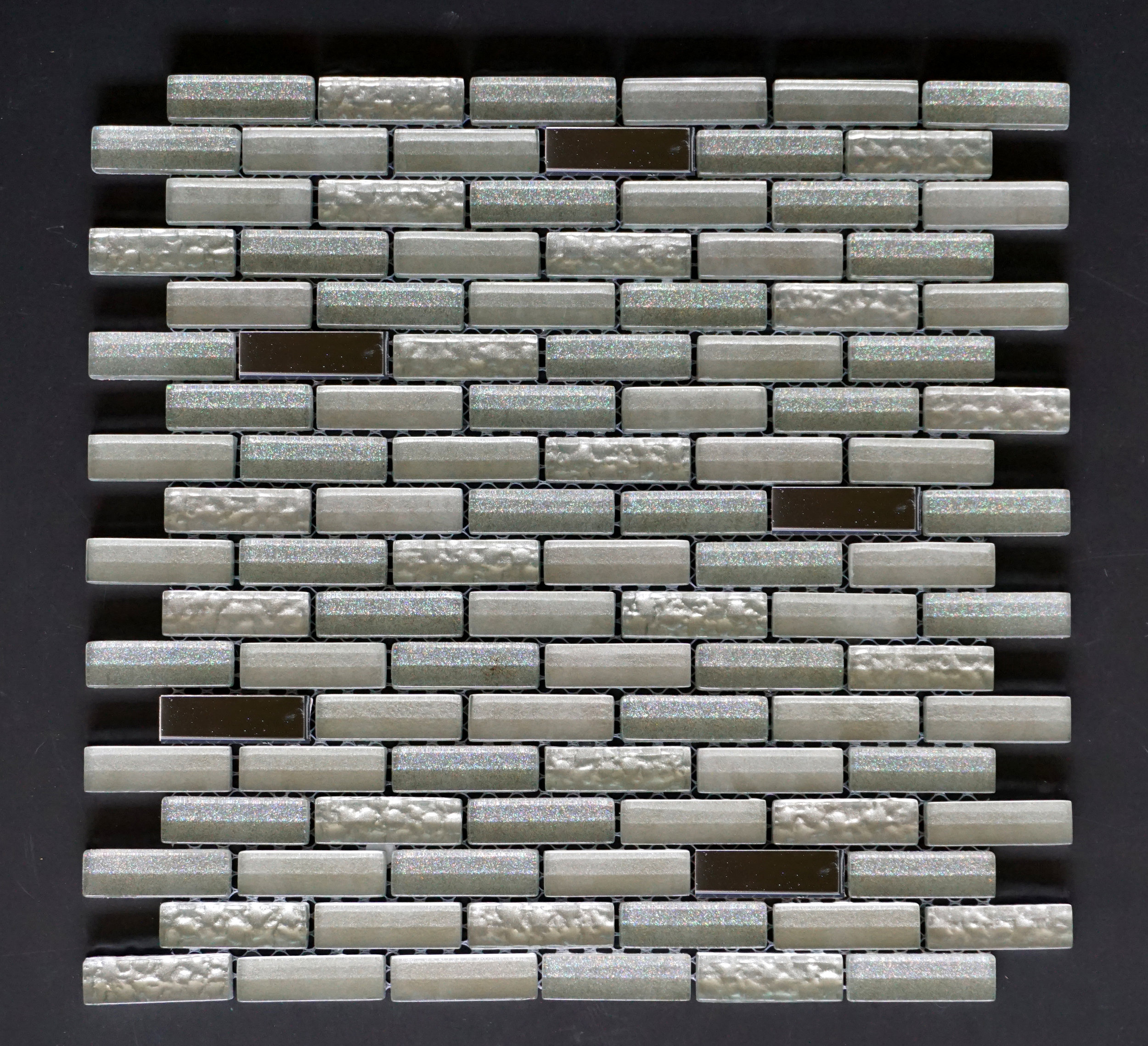 "MANHATTAN SILVER BRICK 5/8""X2""   11 PC/CTN (10.76 SF);   72 CTN/PLT"