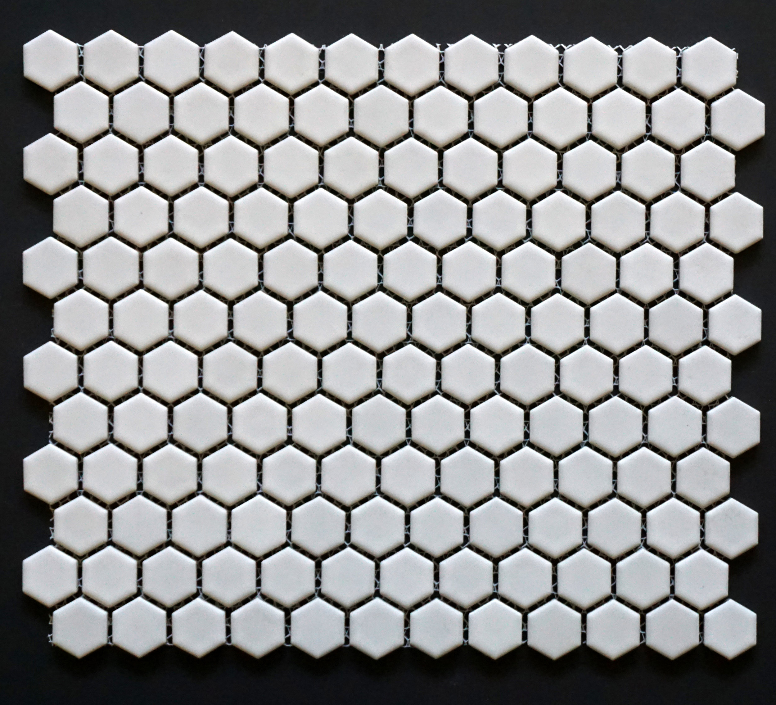 "HEX 1100 - 1"" Shiny White Hexagon   20 PC/CTN (  21.8 SF);   54 CTN/PLT"