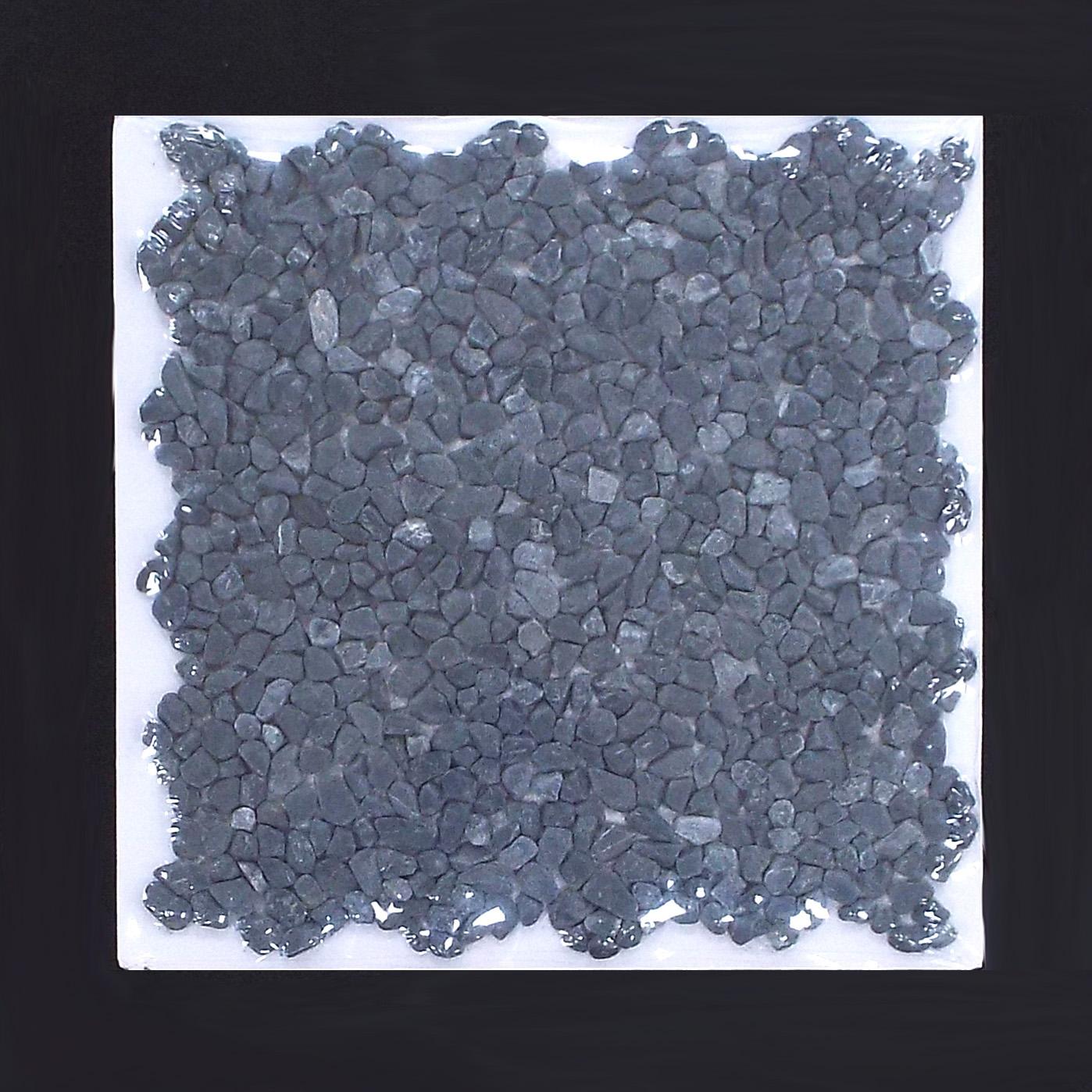 PEBBLE MINI - EBONY   11 PC/CTN (10.76 SF); 50 CTN/PLT  * Each sheet is individually wrapped.