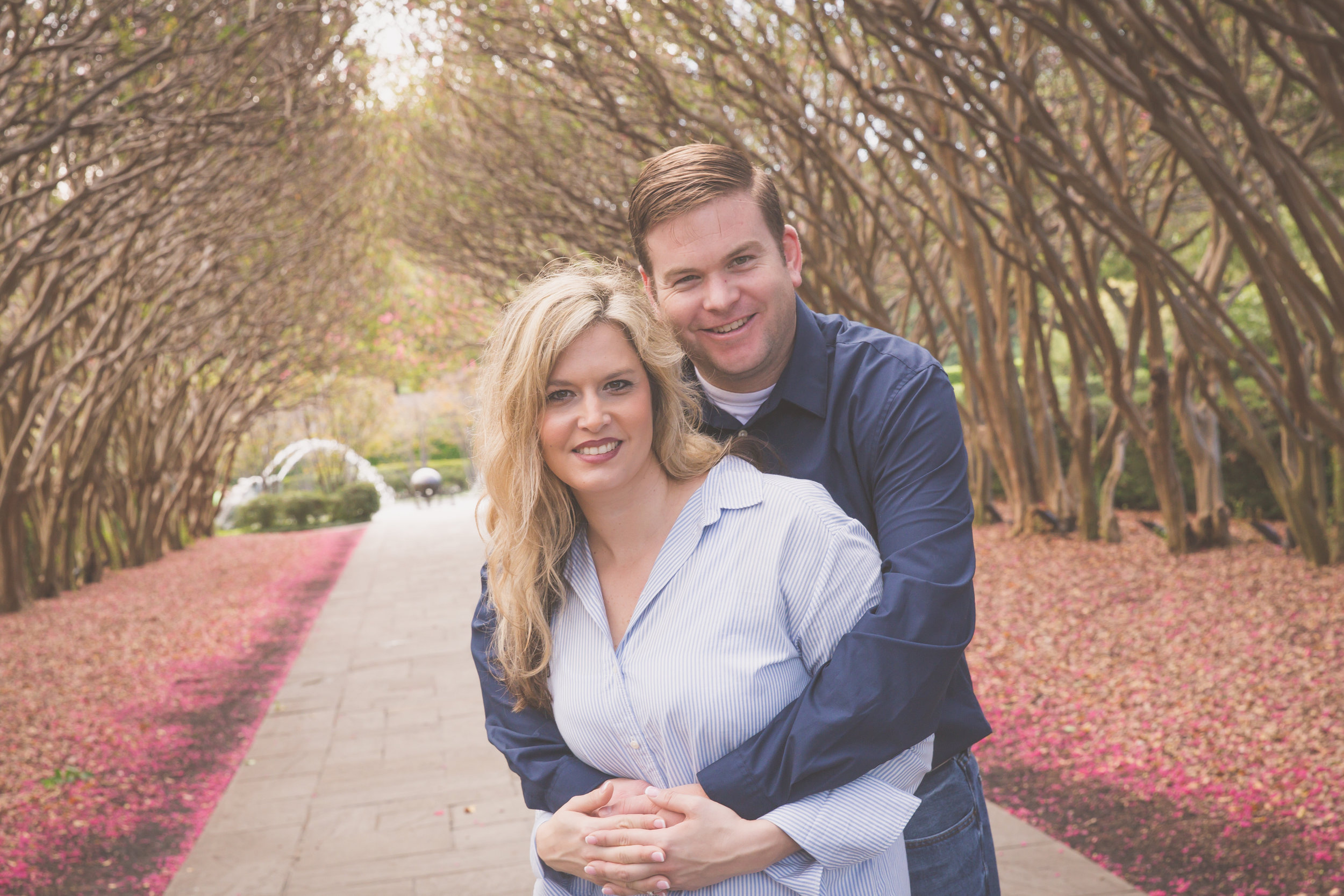 Dallas_Arboretum_Engagment_Photographers.jpg