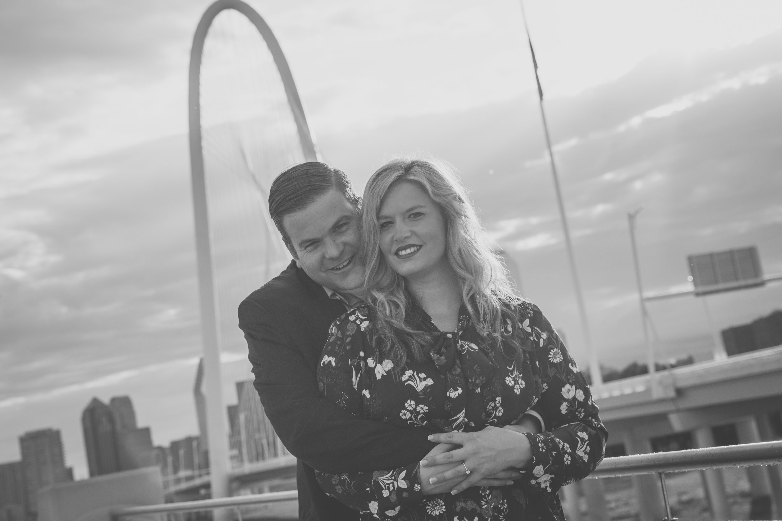 Trinity_Groves_Engagment_Photographers.jpg