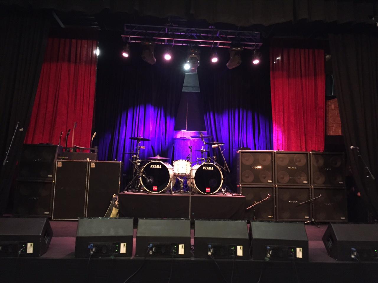 Image of the stage inside the showroom of Royal Wedding Chapel Las Vegas Nevada. Photo taken from website  royalweddingchapel.com