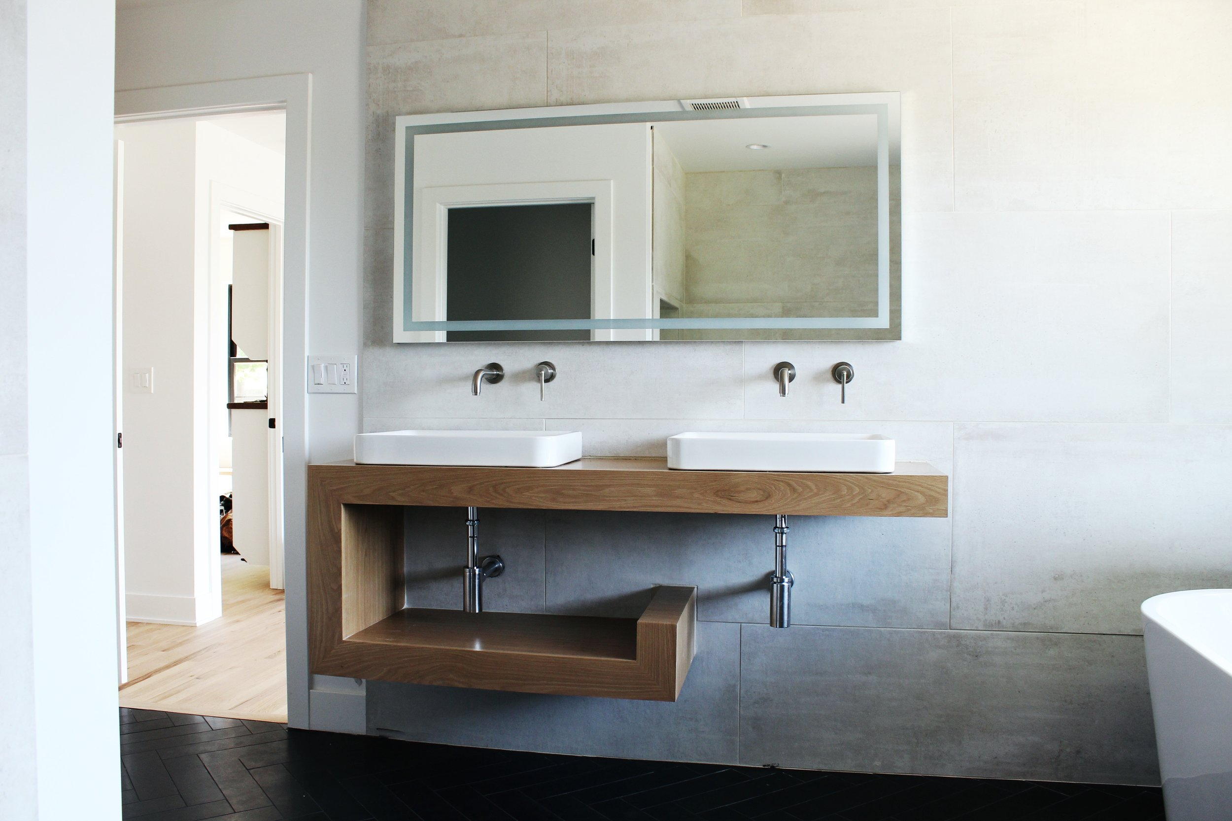 Design, Fabrication, Installation: Wes Edwin Design in collaboration with the homeowner