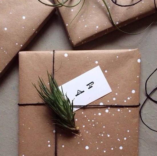 Creative kraft paper wrapping ideas: splatter paint