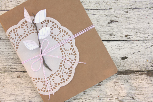 Creative kraft paper wrapping ideas: doilies