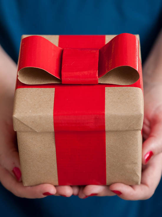 Creative kraft paper wrapping ideas: duct tape