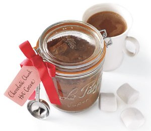 Easy homemade gift: chocolate chunk hot cocoa