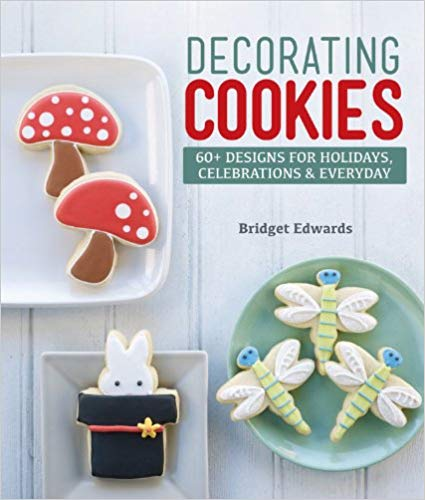 18 Awesome Craft + DIY Books: Decorating Cookies by Bridget Edwards