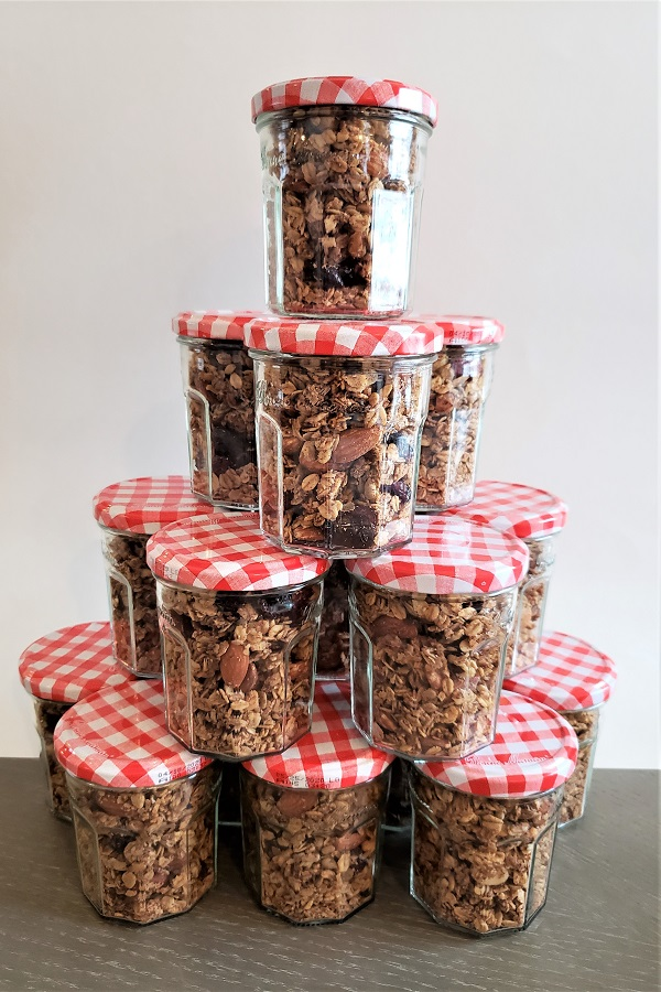 Over the holidays, I recycled jam jars to package this awesome granola for gifts!