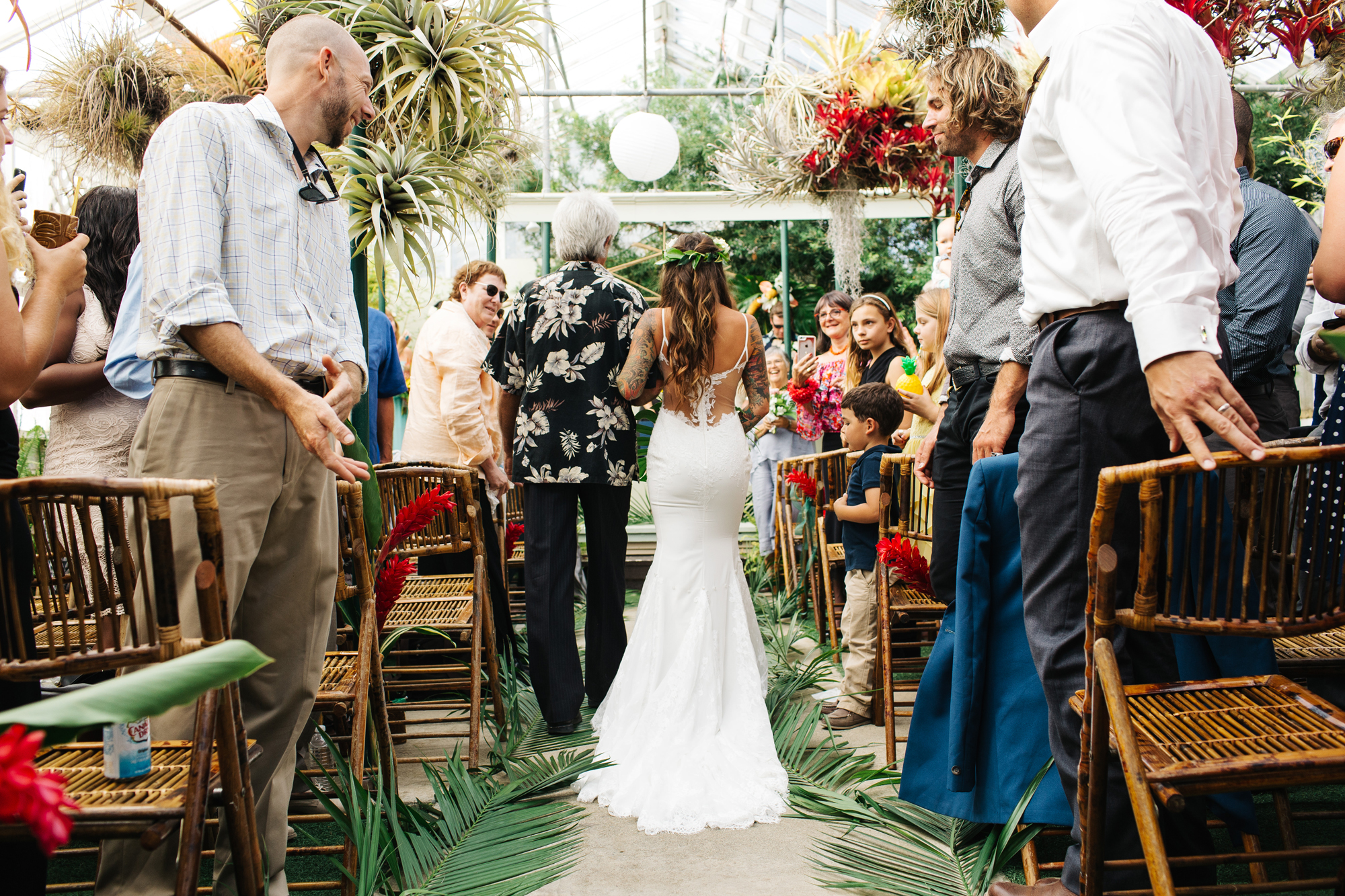 CaliforniaTikiWedding_Shelldance_Orchid_Gardens_024.jpg