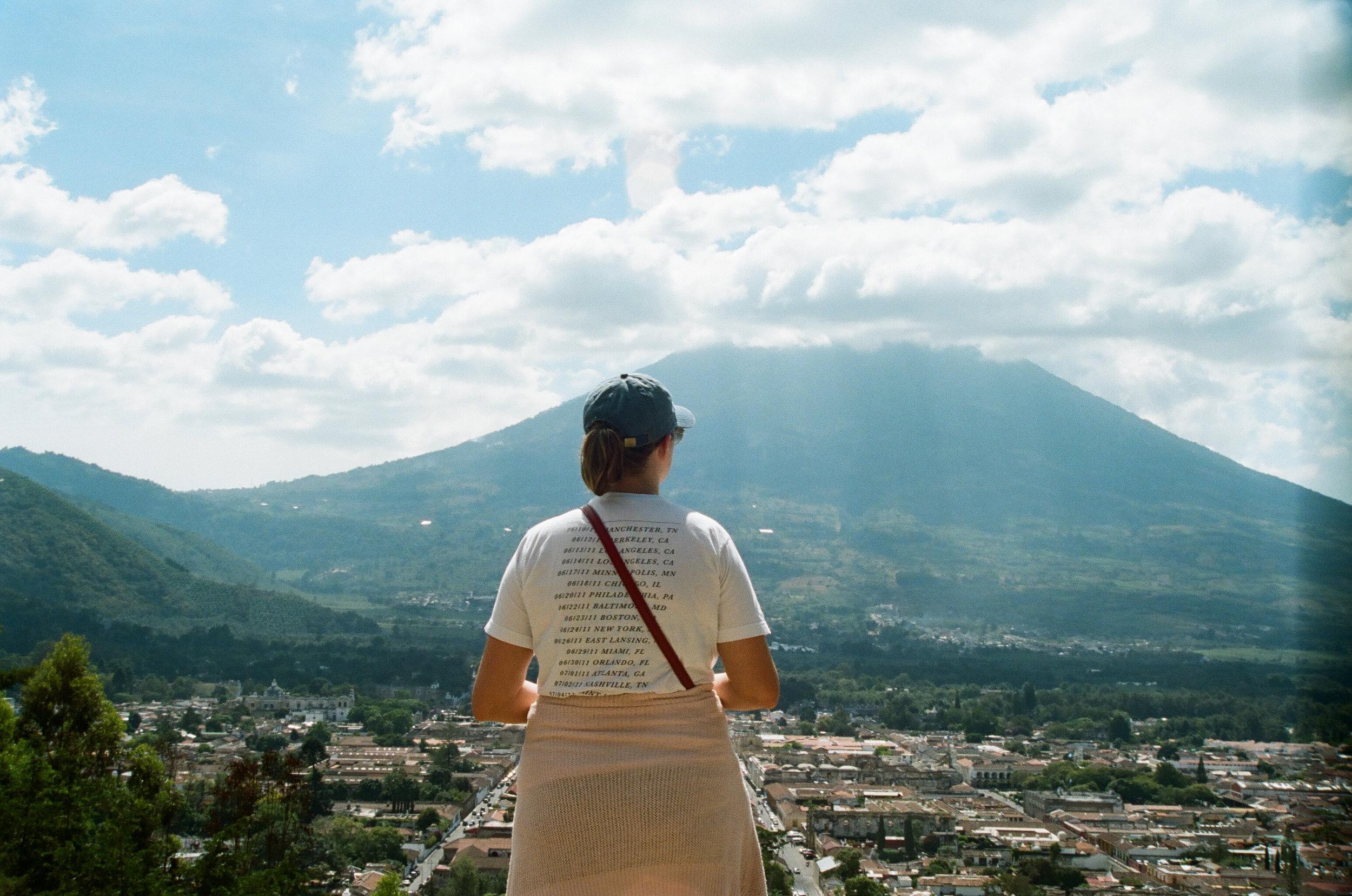 Cerro de la Cruz hike in Antigua
