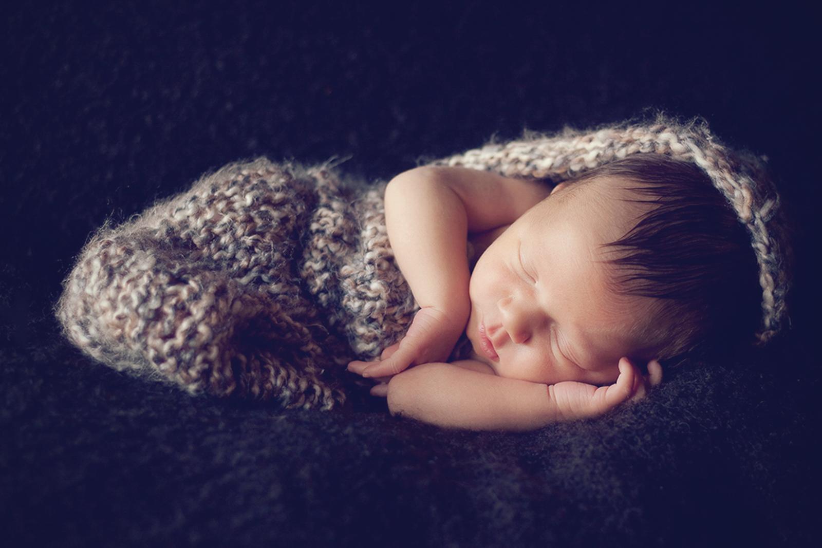 newborn-soft-studio-posed-100.JPG