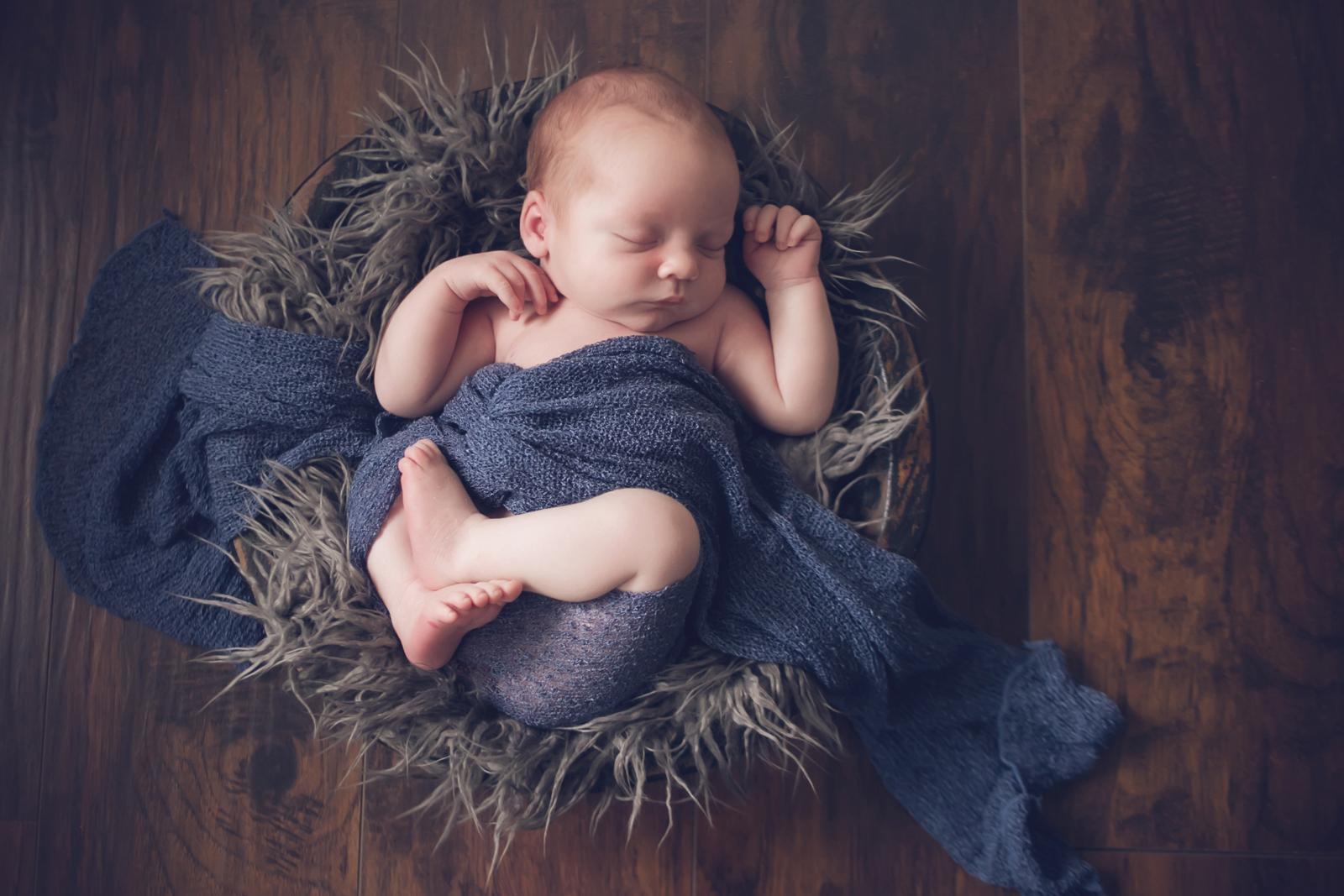 newborn-soft-studio-posed-134.JPG
